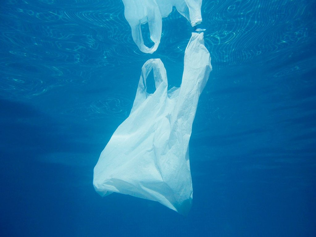 Océanos de plástico