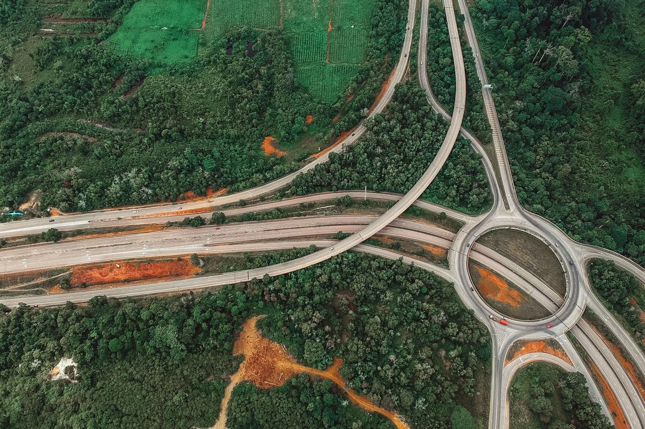 Restauración ecológica de áreas afectadas por infraestructuras de transporte: lecciones aprendidas para restaurar ecosistemas humanos